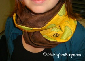 bumble bee loop scarf