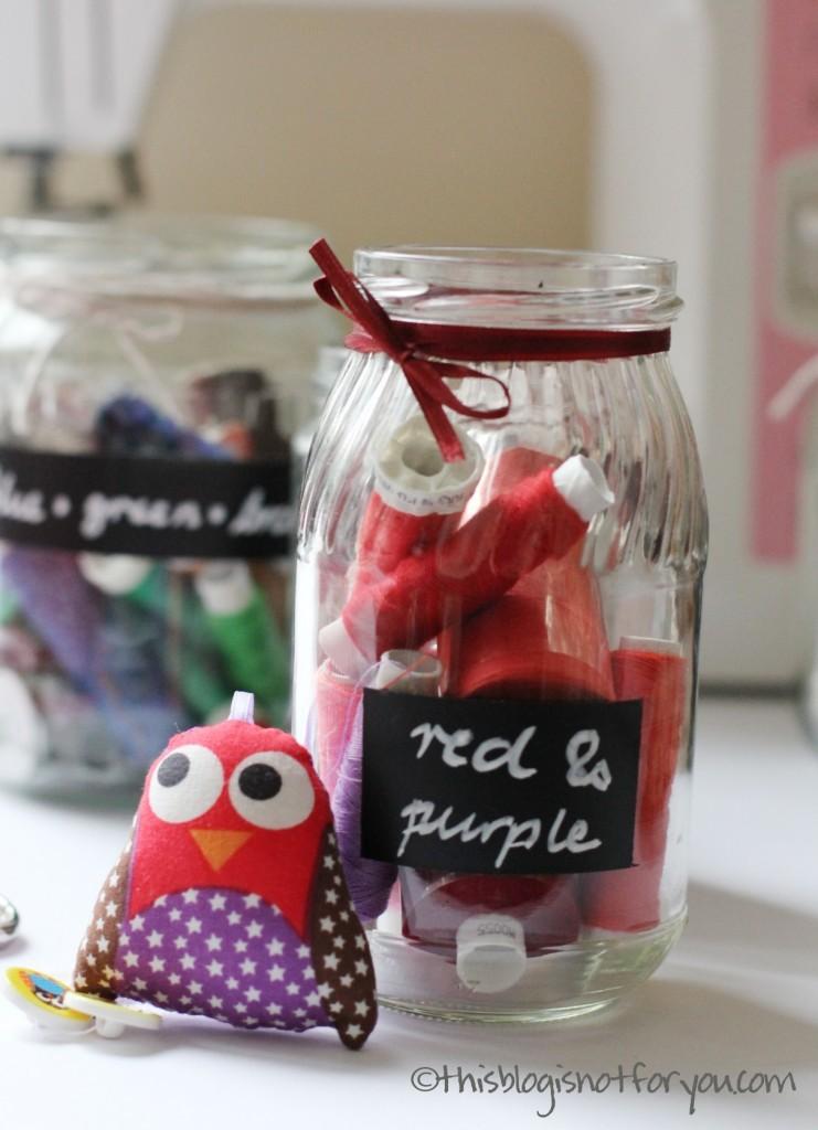 chalkboard chalkboard paint organising jars by thisblogisnotforyou.comorganising jars by thisblogisnotforyou1