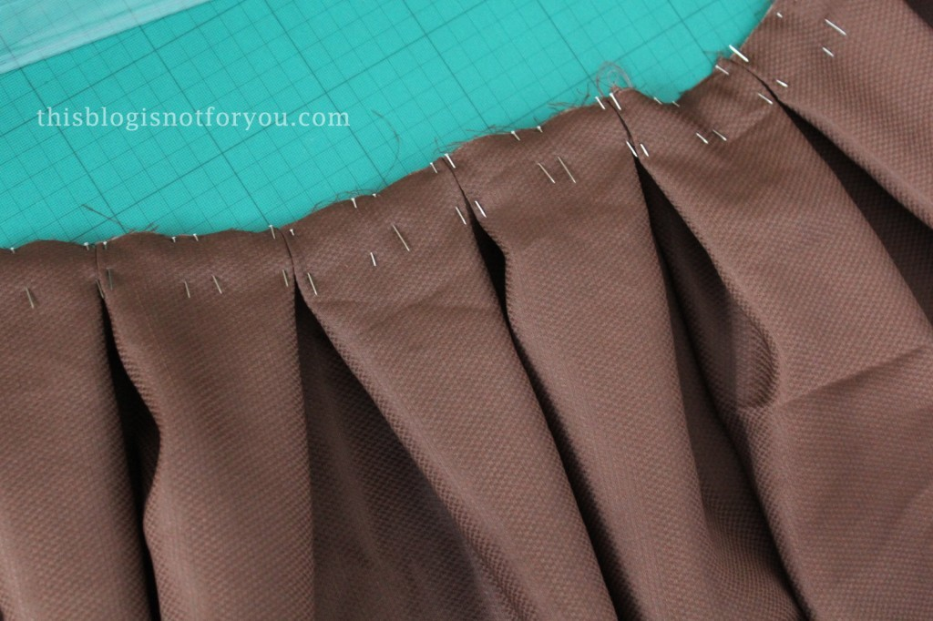 tutorial for pleated vintage skirt by thisblogisnotforyou.com