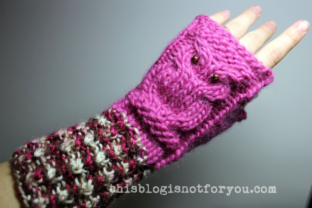 handmade knitted owl mittens by thisblogisnotforyou.com