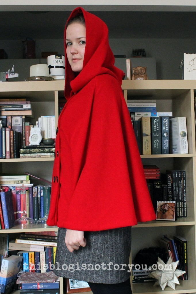 little red riding hood cape by thisblogisnotforyou.com