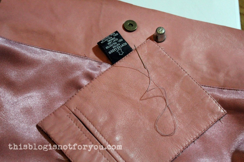 making-of a leather bag by thisblogisnotforyou.com