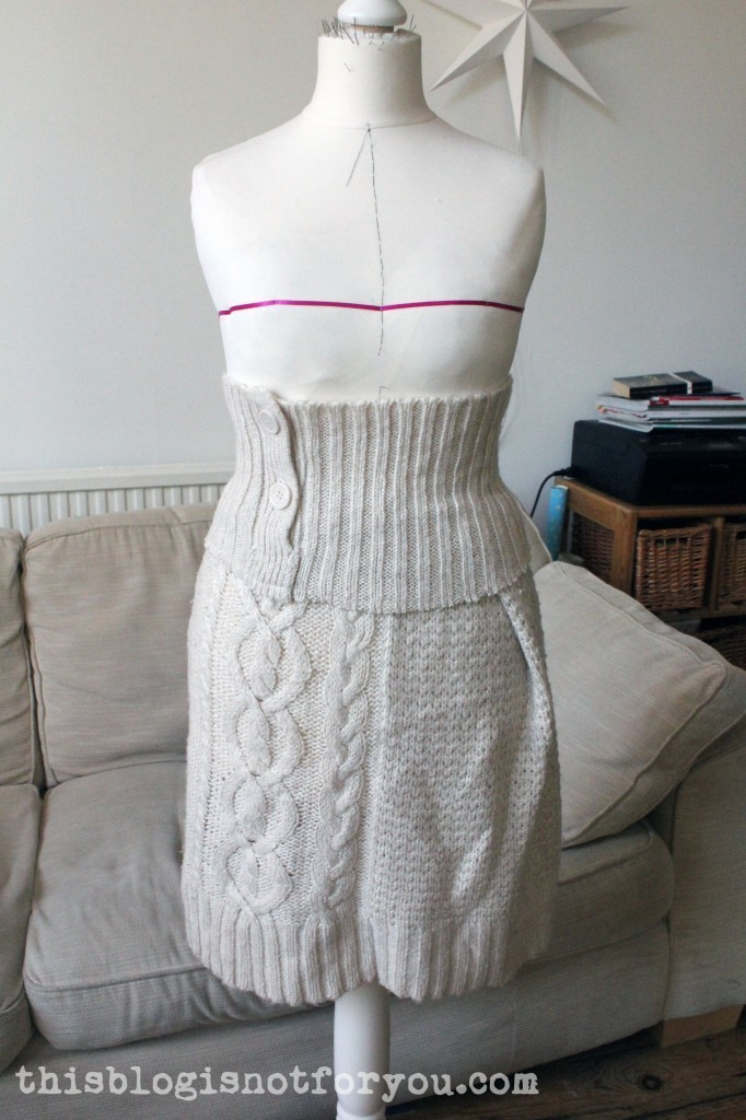 refashion wool sweater by thisblogisnotforyou.com