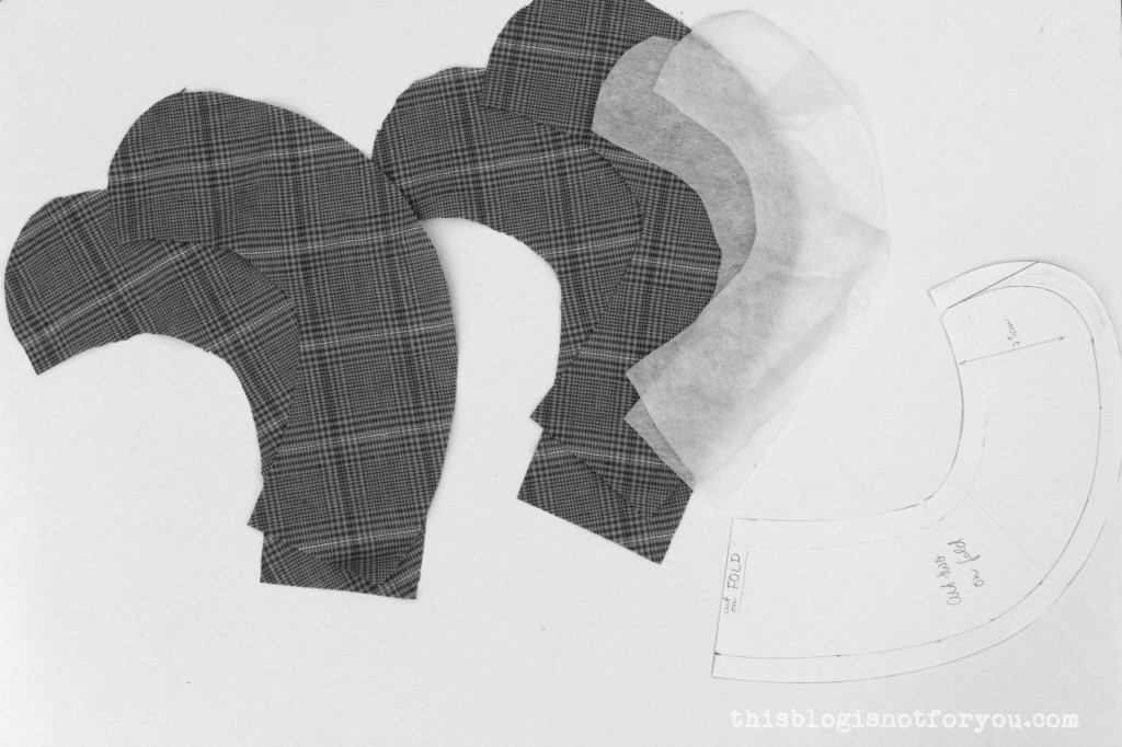 Peter Pan Collar Tutorial by thisblogisnotforyou.com