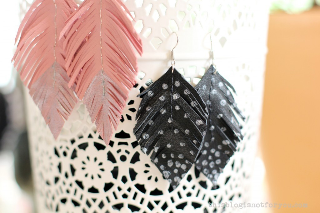 DIY leather feather earrings by thisblogisnotforyou.dev