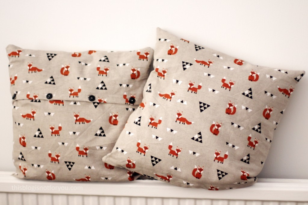 cushion covers fox by thisblogisnotforyou.dev