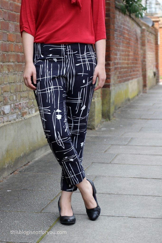 sew over it - ultimate trousers by thisblogisnotforyou.com