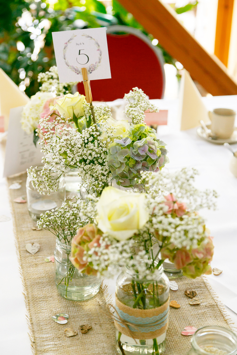 DIY Wedding by Thisblogisnotforyou.com (Click through for more pics & info)