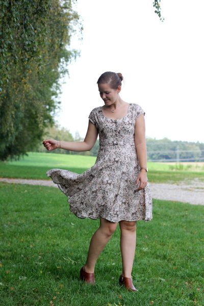 Sew Over It Doris Dress by thisblogisnotforyou.com
